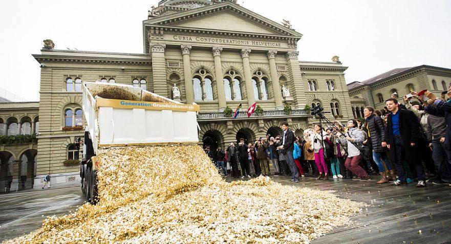 הכנסה בסיסית אוניברסלית לכל אזרח